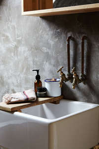 Loma_beach_House_rustic_sink