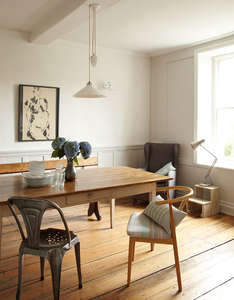 diningroom-pendent_light-wood_table