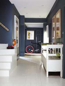 drainpipe_dark_grey_hallway