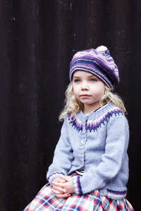 fairisle_purple_knit_girl