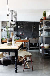 rustic_industrial_dining_room